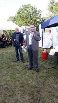 Abteilungsleiter Ralf Müller (li.) und Ortsvorsteher Gernot Heerde (re.)